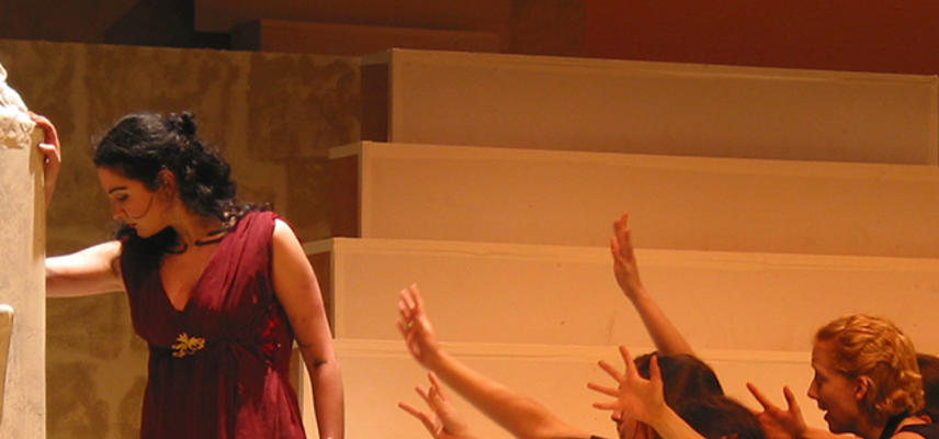 Medea and chorus